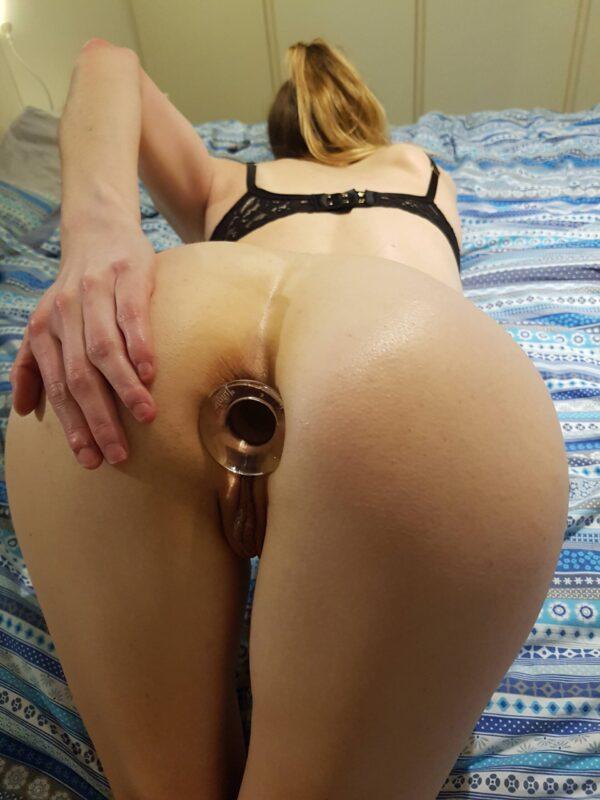 Plug Anal Torto em Vidro - Lovetoy - Sexshop