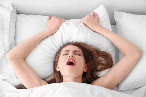 Satisfyer Sugador de Clitóris e Mamilos Pró Peguin - Orgasmos Rápidos
